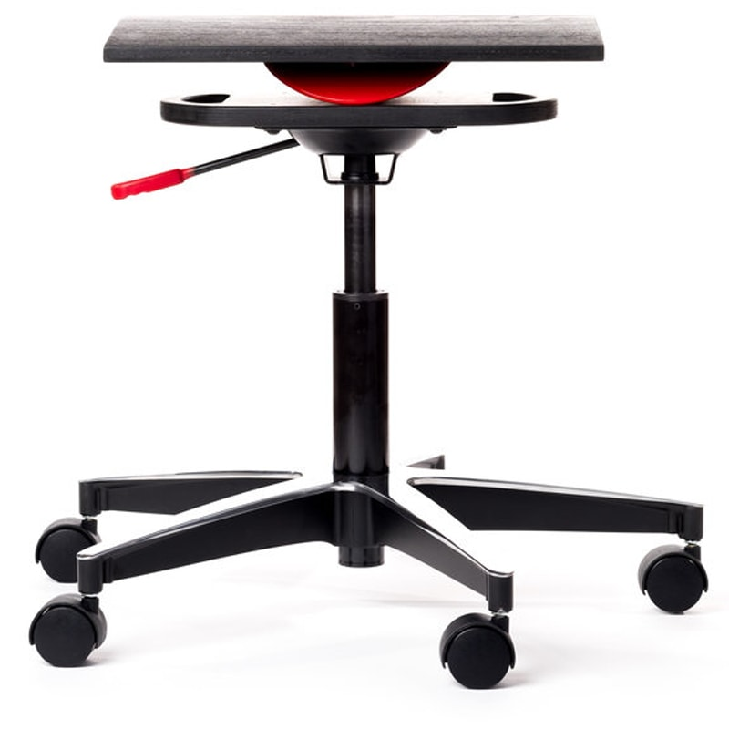 newton active chair by QOR360